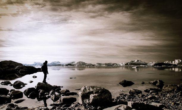 On matkailijoita, jotka lähtevät Grönlantiin vain kokeakseen sen jäätiköt ennen kuin ne sulavat.