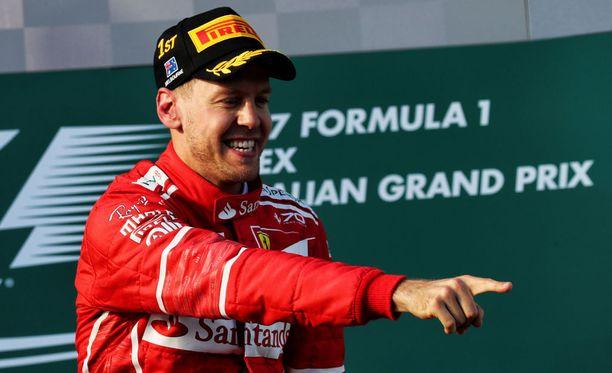 Sebastian Vettelillä oli hymy herkässä Australian GP:n jälkeen.