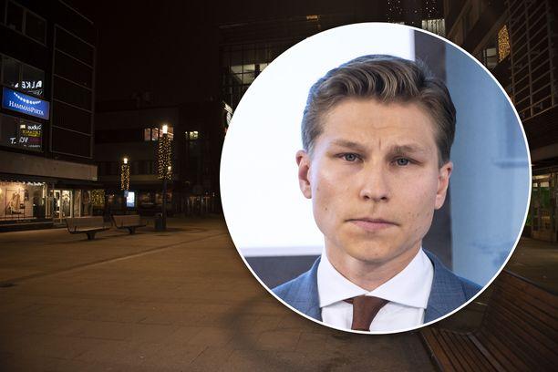 Oulun seksuaalirikokset ovat nostaneet raiskauslainsäädännön valtakunnalliseksi puheenaiheeksi. Oikeusministeri Antti Häkkänen on päättänyt käynnistää raiskauslakien kokonaisuudistuksen.