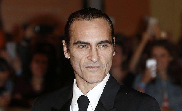 Yhtenä sukupolvensa parhaimmista näyttelijöistä pidetty Joaquin Phoenix esittää Jokeria tuoreessa elokuvassa, jonka kuvaukset ovat juuri alkaneet.