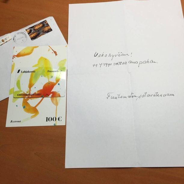 Tällainen kirje tipahti Aneten tyttären postiluukusta tiistaina ja teki nuoren naisen erittäin onnelliseksi.
