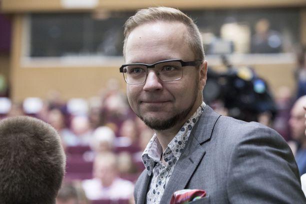 Olli-Poika Parviainen on kaupunginvaltuutettu Tampereella.