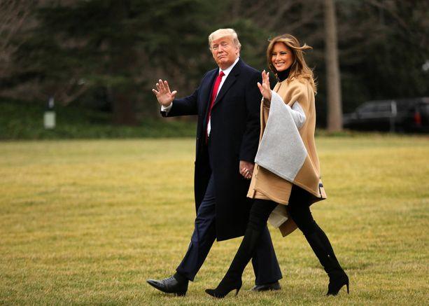 Donald ja Melania Trump matkasivat tammikuussa viikonloppulomalle Mar-a-Lago-kartanoon. Ensi tammikuussa luvassa on pysyvämpi siirtymä.