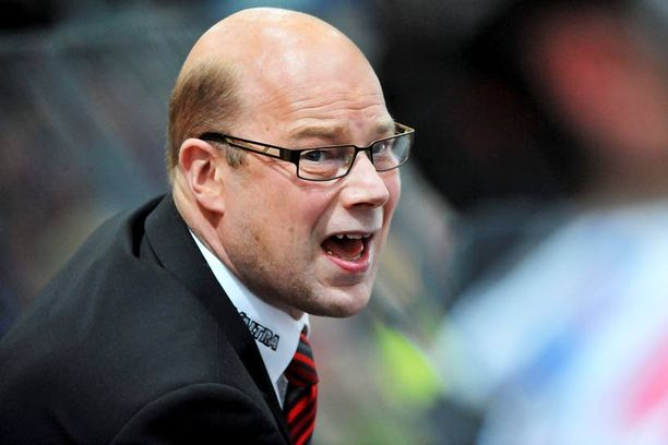 Risto Dufvan hurja vaatimustaso ja tapa puhutella pelaajia eivät miellyttäneet kaikkia.