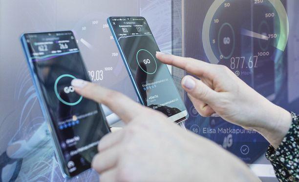 5G nostaa latausnopeudet kattoon.