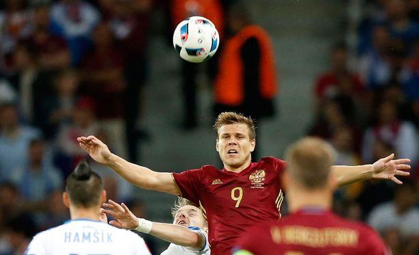 Aleksandr Kokorin (kuvassa) ja Pavel Mamajev bilettivät hintavasti EM-kisojen jälkihöyryissä.