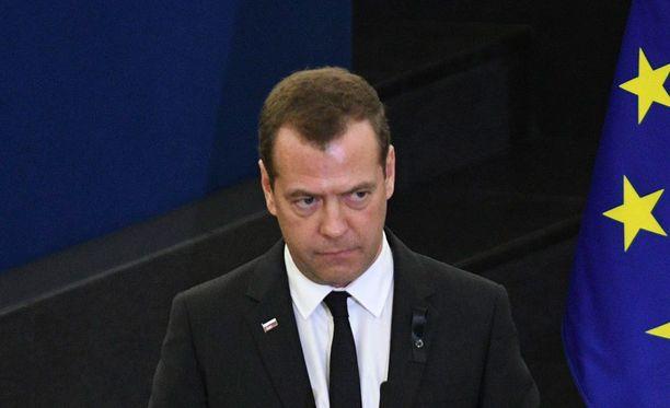 Venäjän pääministeri ennakoi Trumpin lähtöä.