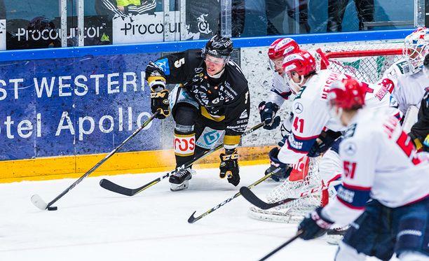 Kärppien kapteeni Lasse Kukkonen astui esiin, kun hätä oli suurin.