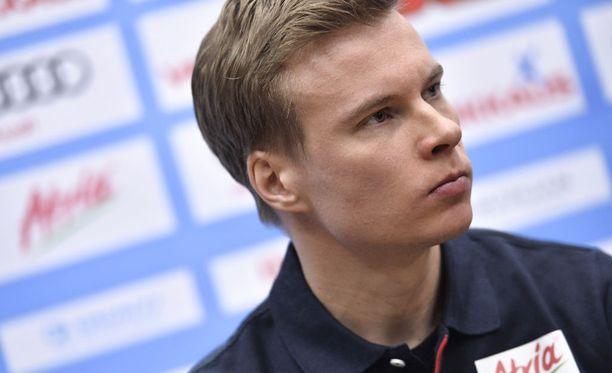 Matti Heikkinen on latujen professori.