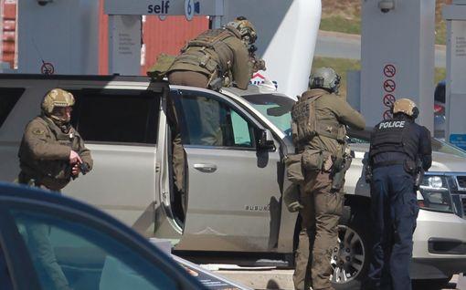 Ainakin 16 ihmistä sai surmansa ampumavälikohtauksessa Kanadassa – yksi uhreista on poliisi