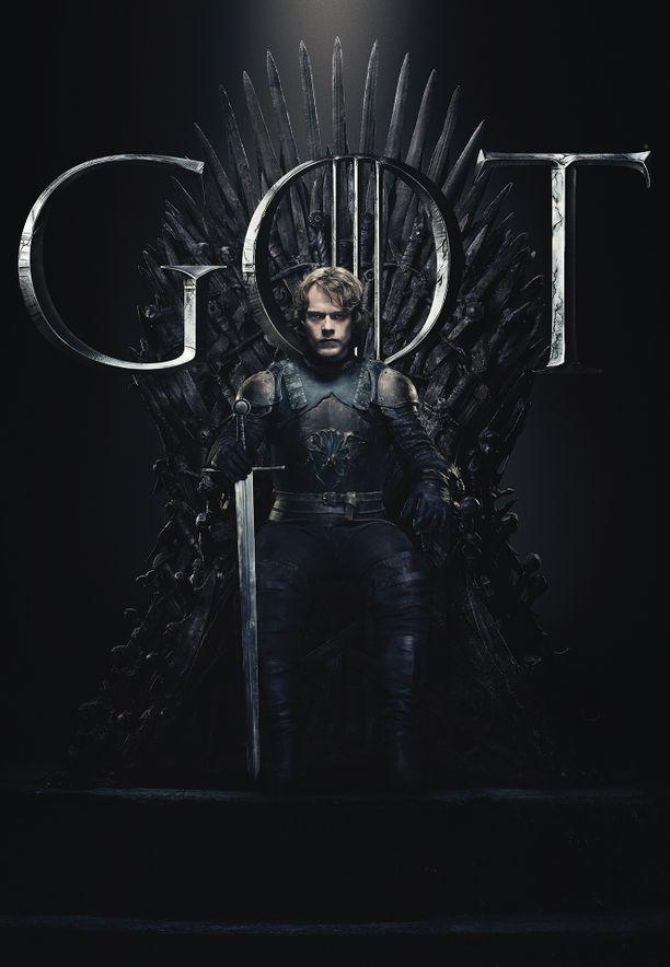 Theon Greyjoy (Alfie Allen) on selvinnyt jo monesta koitoksesta. Nouseeko Greyjoy veljeään vastaan?