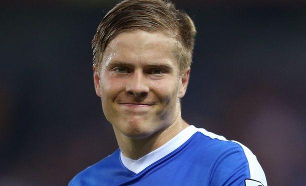 Jere Uronen teki Suomelle 1-0-maalin.
