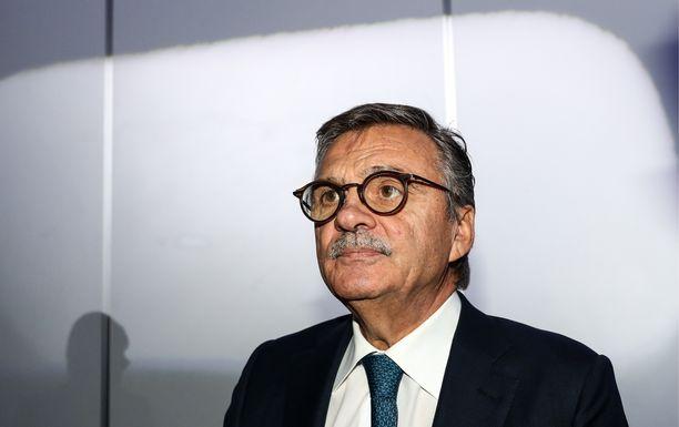 René Fasel kertoi mielipiteensä Naisleijonien MM-finaalin tuomariratkaisusta.