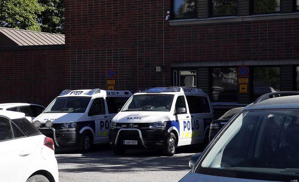Satakunnan käräjäoikeus tuomitsi kolme huomattavia amfetamiinieriä käsitellyttä ja levittänyttä miestä pitkiin vankeusrangaistuksiin.