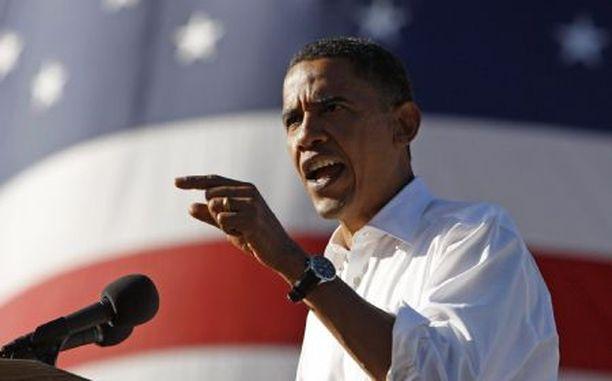 Barack Obama pilkkaa John McCainia vaalimainoksessaan.