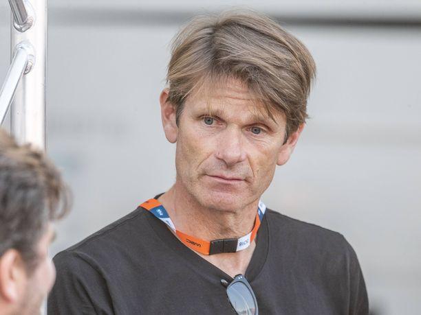 Marcus Grönholm johtaa omaa GRX-talliaan. Hänen Niclas-poikansa ajaa tallin riveissä rallicrossin MM-sarjaa, ja hänen serkkunsa Sebastian Lindholmin poika Emil ajaa tallin kalustolla tämän kauden SM-rallisarjassa.