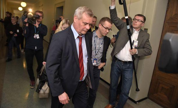 Antti Rinteen johtama SDP ei kannata veronkevennyksiä.