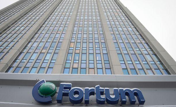 Fortum tekee vapaaehtoisen julkisen ostotarjouksen kaikille Uniperin osakkeenomistajille.