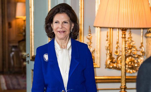 flunssa joulu 2018 Sairaalaan joutunut kuningatar Silvia ehti osallistua joulun  flunssa joulu 2018