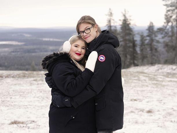Anna ja Ville-Pekka osallistuivat Levillä kuvattuun ohjelmaan marraskuussa 2020.