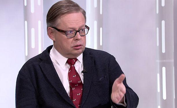Kansanedustaja Juhana Vartiainen (kok) vieraili ILTV:n Sensuroimaton Päivärinta -ohjelmassa helmikuussa 2018.