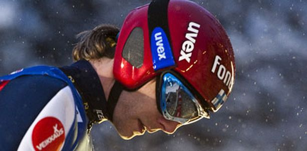 Janne Ahonen onnistui vähintäänkin hyvin kuumeen kourissa.