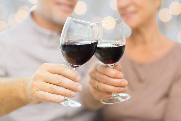 Likainen viinilasi pilaa helposti fiiliksen hyvästä viinistä.