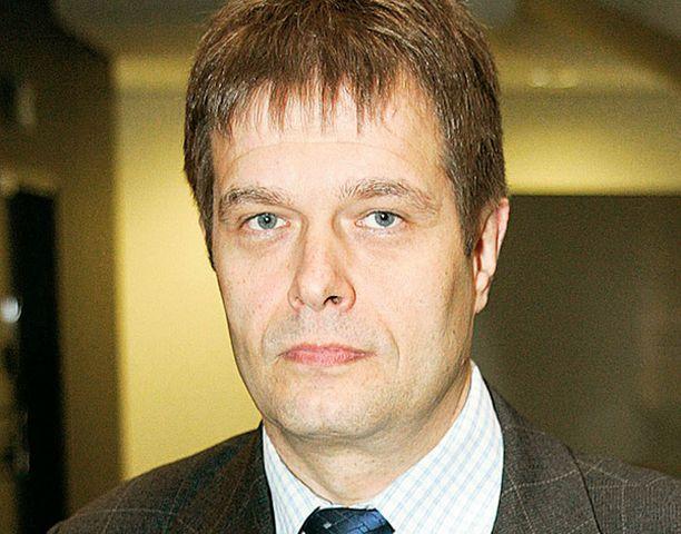 Rikosylikomisario Kari Tolvasen johdolla tehty työ kaappausdraaman selvityksessä todistaa poliisimme pätevyydestä.