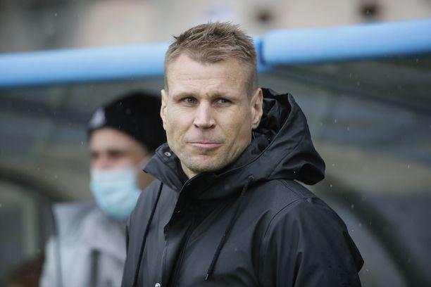 Toni Koskelan valmentaman HJK:n loukkaantumishuolet ovat hellittäneet.
