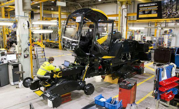 Ponssen tehtailla Vieremällä valmistuvat huippulaatuiset metsäkoneet, joita viedään ympäri maailman.