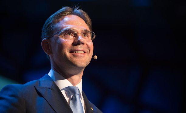 Jyrki Katainen toivoisi, että jäsenmaissa tunnustettaisiin avoimesti, että valtiot ovat liittyneet unioniin syystä. Arkistokuva.
