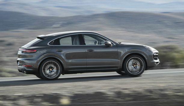 Coupe Turbo ampaisee nollasta sataan 3,9 sekunnissa.
