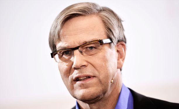 Risto Niemisen mukaan melkein mikä tahansa päätös olisi sisältänyt aukkoja.