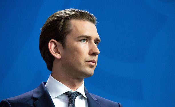 Itävallan liittokansleri Sebastian Kurz on tunnettu maahanmuuttokriittisestä politiikastaan.