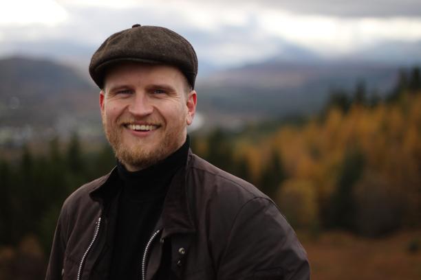Jari Hanska on tunnettu toimittaja ja käsikirjoittaja.