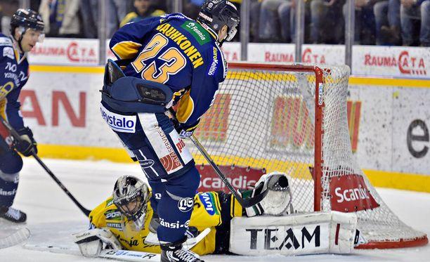 Olavi Vauhkonen osui KalPaa vastaan kahdesti.