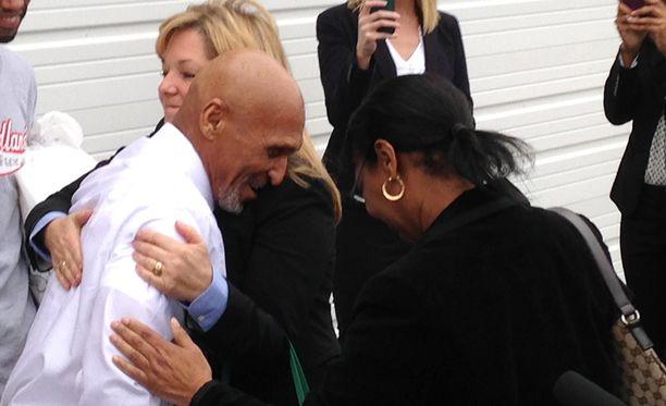 70-vuotias Joseph Sledge vapautettiin vankilasta 23.1. Hän oli istunut syyttömänä 37 vuotta vankilassa kahdesta murhasta.
