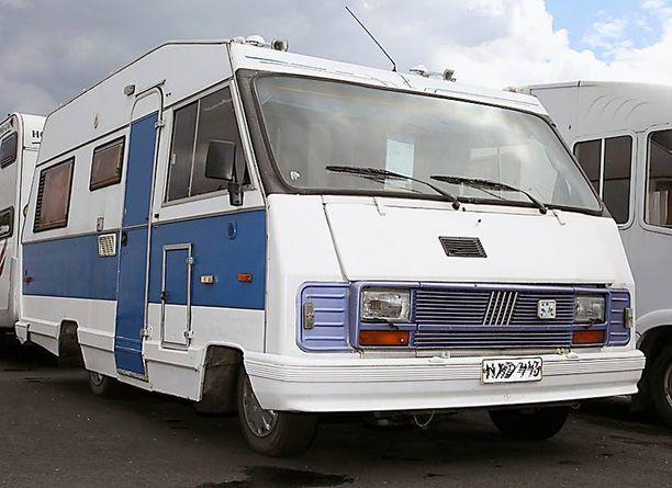 Vanhakin kelpaa. Vuoden 1988 kotimaisen Teve-matkailuauton saa alle 5 000 eurolla.