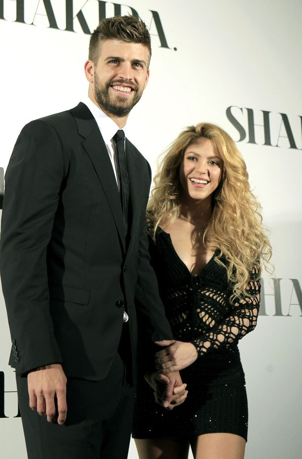 Shakiralla on kaksi lasta jalkapalloilija Gerard Piquén kanssa. Pari on seurustellut seitsemän vuotta.