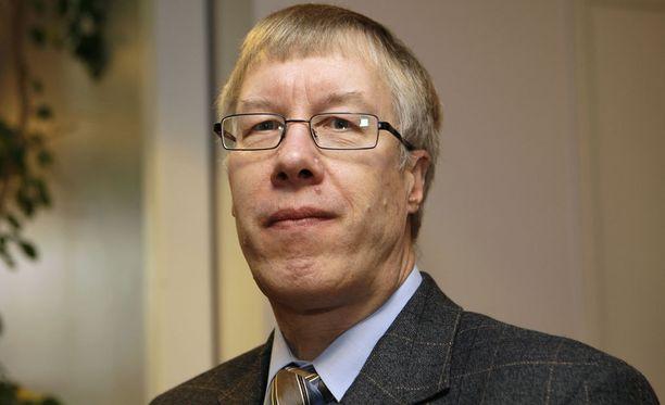 Antti O. Arponen on poissa.