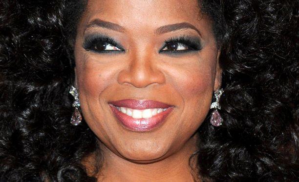 Oprah saa tähden Walk of Famelle.