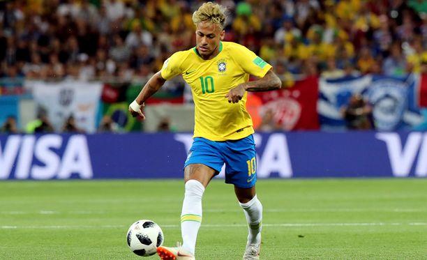 Neymar päästetään irti Serbiaa vastaan.