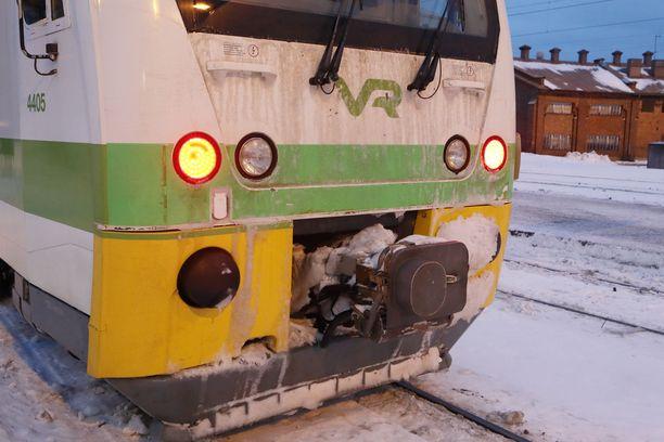 Liikenteenohjausjärjestelmän vika pysäytti VR:n A-lähijunat perjantaiaamuna.