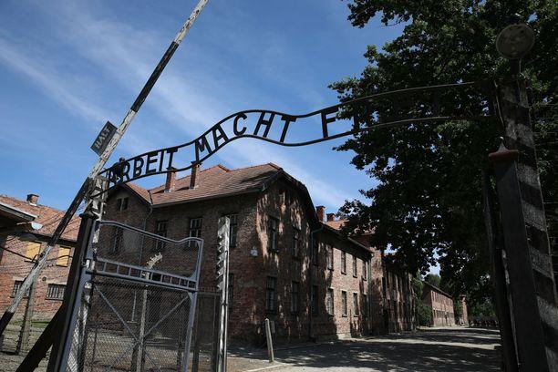 Yli miljoona ihmistä kuoli Auschwitz-Birkenaun keskitysleirillä.
