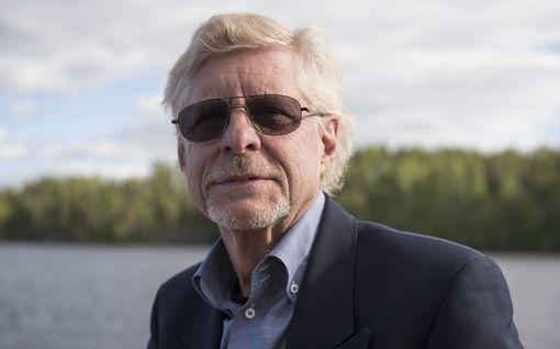 """Bumtsibum-tähti Seppo Hovi, 73, paljastaa, mikä oli haastavinta ohjelmassa: """"Ei voinut valmistautua ollenkaan"""""""