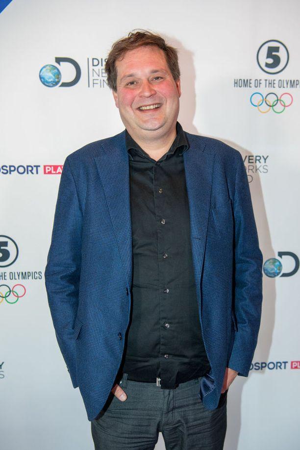Kiinteistövälittäjä Jethro Rostedt on laihtunut puolentoista vuoden aikana 20 kiloa. Metodeihin kuuluu muun muassa napostelun jättäminen.
