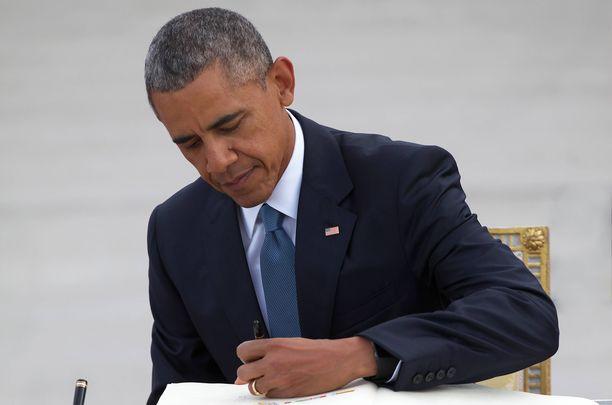 Presidentti Barack Obama julkaisee muistelmateoksen. Kuva vuodelta 2015.