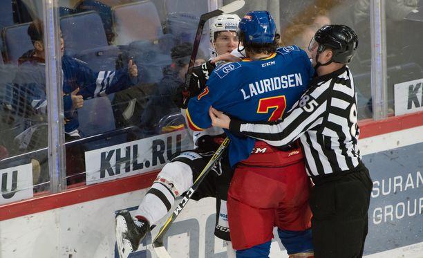 Tanskan jätti Oliver Lauridsen antoi Vitali Kravtsoville kyytiä tammikuussa.