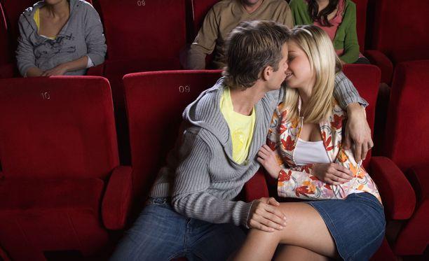 homo teini seksiä autossa porno elokuvia naisille