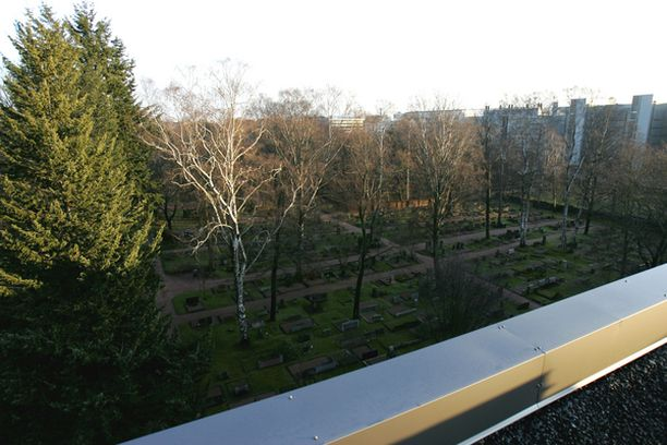 VAARAVYÖHYKKEET Pahimmassa meluvyöhykkeessä ovat Suomen kaartin hautausmaa ja Ortodoksinen hautausmaa.